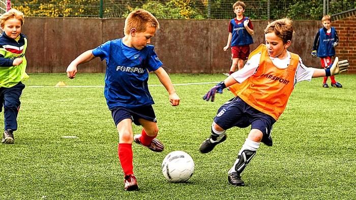 Sehatkan Badanmu dengan Bermain Bola