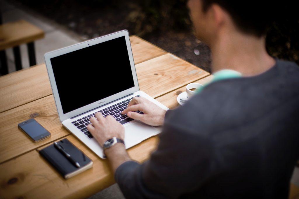 Rekomendasi Jasa Penulis artikel Detail Harga yang Ditawarkan SahabatArtikel