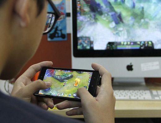 Jangan Salah, Bermain Game Mobile Punya Manfaat Ini